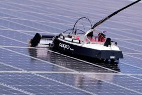 remote robot solar roof cleaner